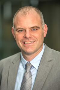 Professor Dr. Nils Hoegdsal