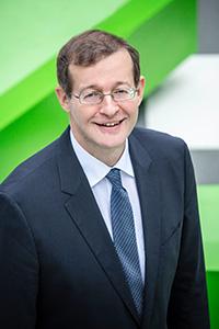 Professor Dr. Alexander W. Roos
