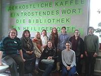 Seminargruppe in der Schorndorfer Berufsschulbibliothek