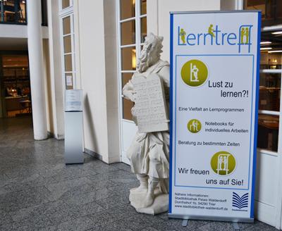 Lerntreff in der Stadtbibliothek Trier