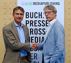 Prof. Dr. Schlüter übernimmt das Amt des Studiendekans von Prof. Ulrich Huse (rechts) (Foto:nf)