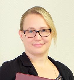Jasmin Talman nach der Verteidigung (Quelle: Berghof.com)