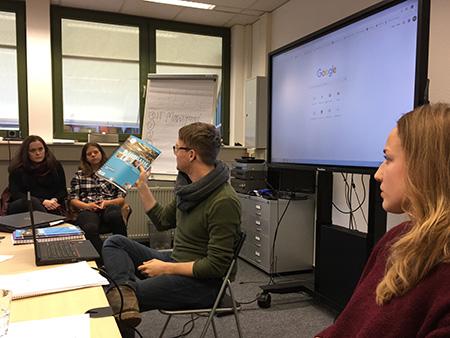 Die Helbling-Mitarbeiter Michael Bissinger und Nora Jankovic (Fotos: uhu)