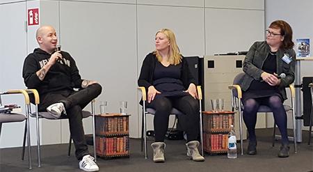Selfpublisher im Gespräch: Martin Krist, Felicity Green und Vera Nentwich (v.l.) (Fotos: Valeria Borgia)