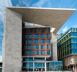 Openbare Bibliothkeek Amsterdam (Wikimedia Commons)