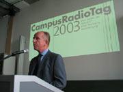 Prof. Dr. Uwe Schlegel begrüßt die Teilnehmer