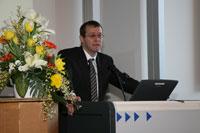Rektor Prof. Dr. Alexander W. Roos