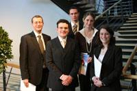 Prof. Dr. Alexander W. Roos, Michael Vitz, Andreas Lorenz, Isabell Schwertle, Elisabeth Stierand (von links)