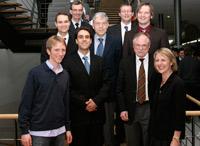 Die Preisträger  mit den Laudatoren und HdM-Rektor Roos  (Fotos: HdM Stuttgart/Michael Reichart )