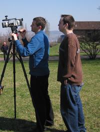 Ronald Kaiser (links) und Simon Herm bei Dreharbeiten