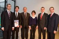 Prof. Dr. Alexander W. Roos, David Khil, Helmut Schäfer, Eva-Maria Berhorn, Andreas Merkert, Dr. Erich Frank (von links)