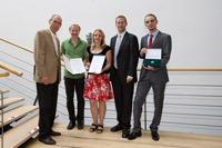 Dr. Norbert Gangl, Jan Petersen, Kristina T�rk, Prof. Dr. Alexander W. Roos und Michael Krebes (v.l., Foto: Sven Cichowicz)