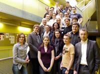 Das gesamte Team mit dem gastgebenden Dozenten Alexander Stockinger (v.r.).