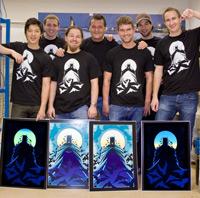 Das Siebdruck-Team um Bernhard Michl (Mitte)
