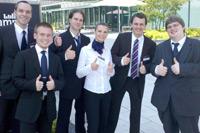 Jan Leitner, Sören Graubner, Sebastian Hause, Grazyna Wenzel, Accenture Coach Frank Guschewski, und Sebastian Rachner (v.l.n.r.)