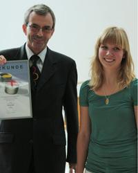 Laudator Dr. Erich Frank mit Preistr�gerin Stefanie Meier