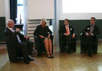Helmut von Berg diskutierte mit Ellen Böckmann, Tobias Ott und Olaf Reiswig (von links, Fotos: Hanna Katz)
