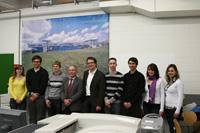 Die Studierenden mit Prof. Dr. Erich Steiner und Steffen Räuchle (4. bzw. 5. von rechts)