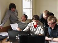 Beim ebmc-Pub-Quiz kommt es auf Schnelligkeit und Teamgeist an (Fotos: Petra Rösch)