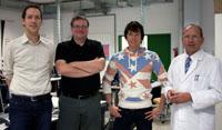 Prof. Dr. Marko Hedler, Andreas Klostermaier, Andreas Kämmerle und Prof. Rainer Läzer bei der Abnahme des Systems (von links)