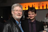 Der betreuende Dozent, Prof. Stuart Marlow (links), war dabei.