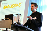 Dr. Mathias Wierth-Heining vom Musik- und Jugendsender MTV führte in das Tagesthema ein (Fotos: HdM Stuttgart / Maik Wieczorek)