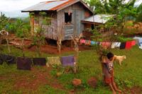 Die Menschen auf dem Land leben und arbeiten unter den einfachsten Bedingungen