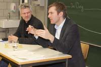 Prof. Stephan Ferdinand und der SWR-Gast Clemens Bratzler (rechts)