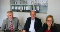 Die Partner in Furtwangen: Prof. Dr. Anton Karle, Prof. Dr. Edgar Jäger und Petra Suwalski (von links)