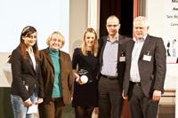"""Laudatorin Pirsch mit Ministerin Bauer und den META-Gewinnern vom """"Spiegel"""" (von links)"""