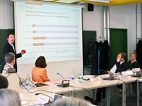 Prof. Dr. Kühnle präsentierte die Analyse zum Medienstandort Stuttgart