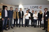 Die Preisträger mit Prof. Dr. Erich Steiner (4. von rechts, Foto: Messe München International)