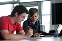 Sieben Bewerber kommen auf einen Platz im Studiengang Crossmedia Redaktion