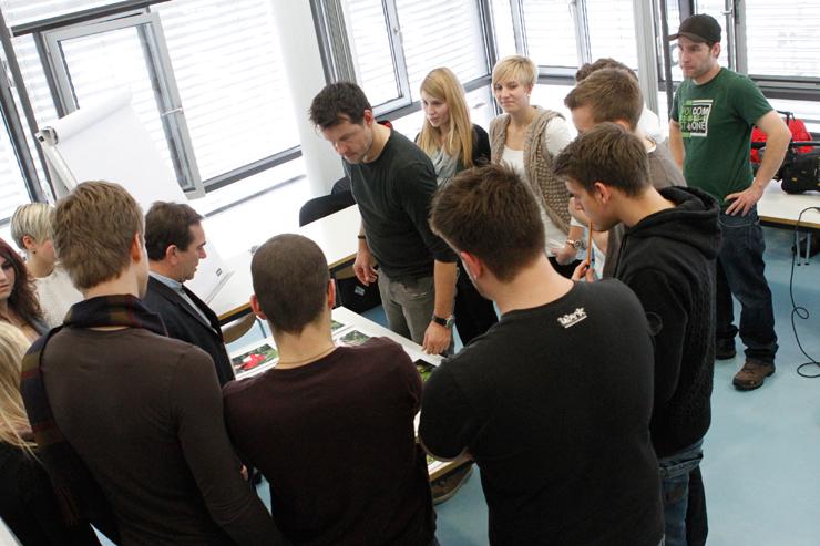 Das dschungelcamp als akademisches thema hochschule der for Spiegel tv themen letzte sendung