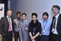 Prof. Dr. Mike Friedrichsen, Aberan Sivalingam,  Feridun Mekeç, Peter Tan, Duc Minh Phung und Prof. Dr. Wolfgang Mühl-Benninghaus, HU Berlin, (von links), Fotos: Prinovis
