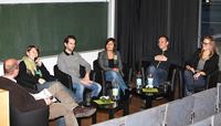 Absolventen der HdM diskutieren auf einem Alumni-Tag, Fotos: Studiengang Werbung und Marktkommunikation.