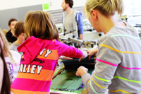 Der Girls'- und Boy's Day an der HdM ist beliebt bei Schülerinnen und Schülern
