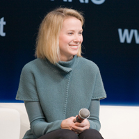 Die junge Mutter Marissa Mayer führte den Internetpionier Yahoo wieder an die Spitze, Quelle: http://upload.wikimedia.org/wikipedia/commons/9/9a/Marissa_Mayer_at_LeWeb_ 2008_conference_in_Paris.jpg