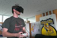 Mit der Oculus Rift kann in virtuelle Welten eingetaucht werden (Foto: Dominik Herbst)