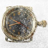 Am Sonntag endet die Winterzeit. Die Uhren werden eine Stunde vor gestellt: von 2 auf 3 Uhr. (Fotomontage: Franziska Böhl)
