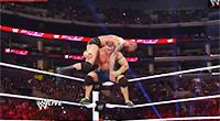 Die Wrestlingkämpfe sehen durchaus gefährlich aus, Quelle: Screenshot von https://www.youtube.com/watch?v=XWNGdETJbQI