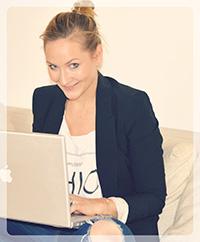 HdM-Alumna Sandra Tennemann bei der Arbeit.