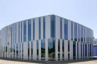 Die Studenten der Fakultät Information und Kommunikation beginnen in einem neuen Gebäude