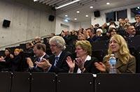 Rektor Roos freut sich auf die HdM-Zukunft an einem Standort
