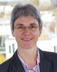Prof. Dr. Bettina Schwarzer, Online-Medien-Management