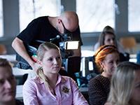 Das TV-Team mischte sich unter die Studenten. Fotos: Kim Kunze