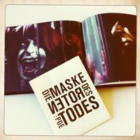 "So wird der ""Rote Tod"" im Buch dargestellt, Fotos: Kristina Simic"