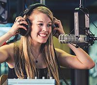 Beim Hochschulradio gehen Studenten von Anfang an live on air. Foto: Kai Effinger