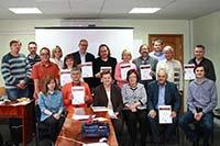 Die Workshop-Teilnehmer mit Zertifikaten