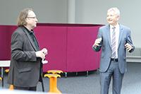 Prof. Dr. Richard Stang mit Axel Haberer (rechts)